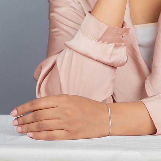 slender-cane-bracelet-model-m