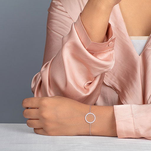 studded-modish-bracelet-model-m