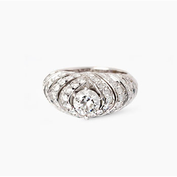 braced-diamond-ring