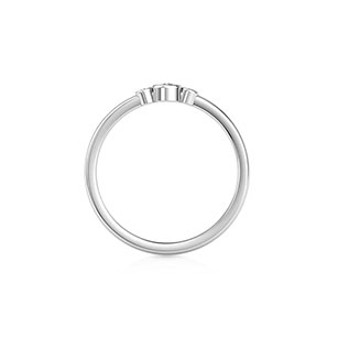 three-stone-casual-ring-one-white-gold-small