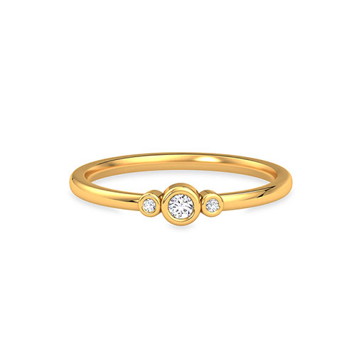 three-stone-casual-ring-yellow-gold-medium